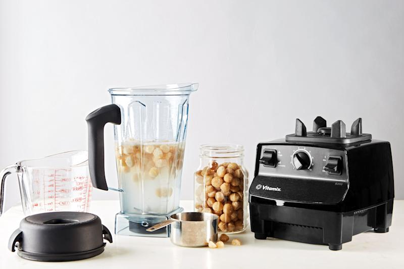 The Vitamix Black Friday 2019 Deal That's Available Now on Amazon