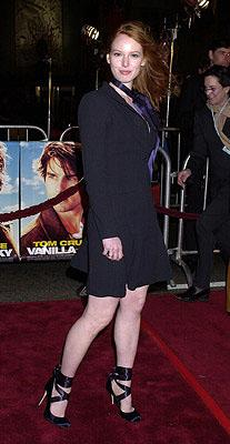 """Premiere: <a href=""""/movie/contributor/1800026644"""">Alicia Witt</a> at the Hollywood premiere of <a href=""""/movie/1807426890/info"""">Vanilla Sky</a> - 12/10/2001<br><font size=""""-1"""">Photo: <a href=""""http://www.wireimage.com"""">Gregg DeGuire/Wireimage.com</a></font>"""