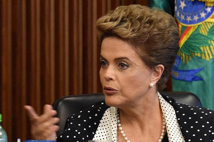 Brazilian President Dilma Rousseff speaks as she attends a ministerial meeting to discuss new measures to combat the proliferation of Zika virus in Brazil, at the Planalto Palace in Brasilia, on February 1, 2016 (AFP Photo/Evaristo Sa)