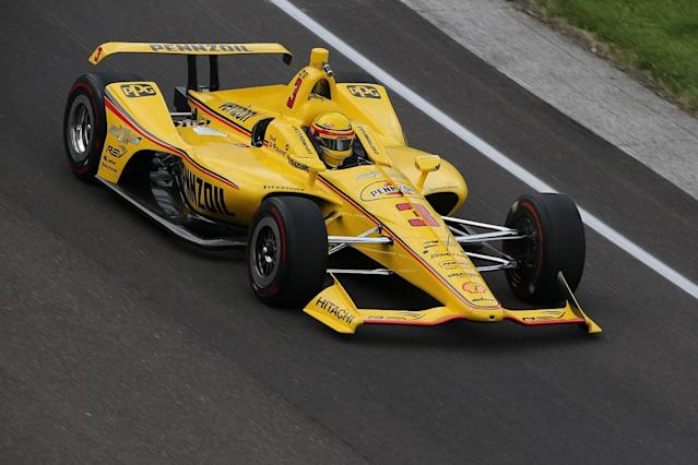 Castroneves fastest in Indy 500 practice