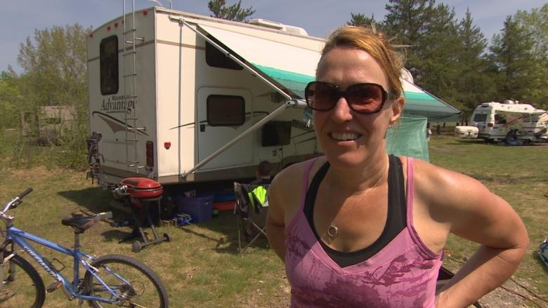 Manitoba campers bring Jets games to the great outdoors