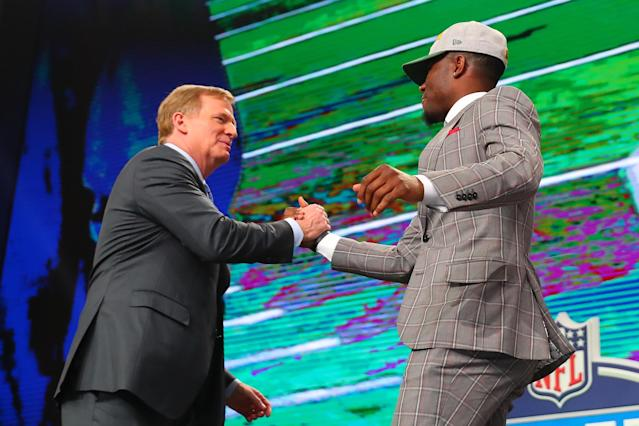 Joshua Jackson hugs NFL commissioner Roger Goodell after being chosen by the Green Bay Packers in the 2018 NFL draft at AT&T Stadium in Arlington, Texas. (Photo by Rich Graessle/Icon Sportswire via Getty Images)