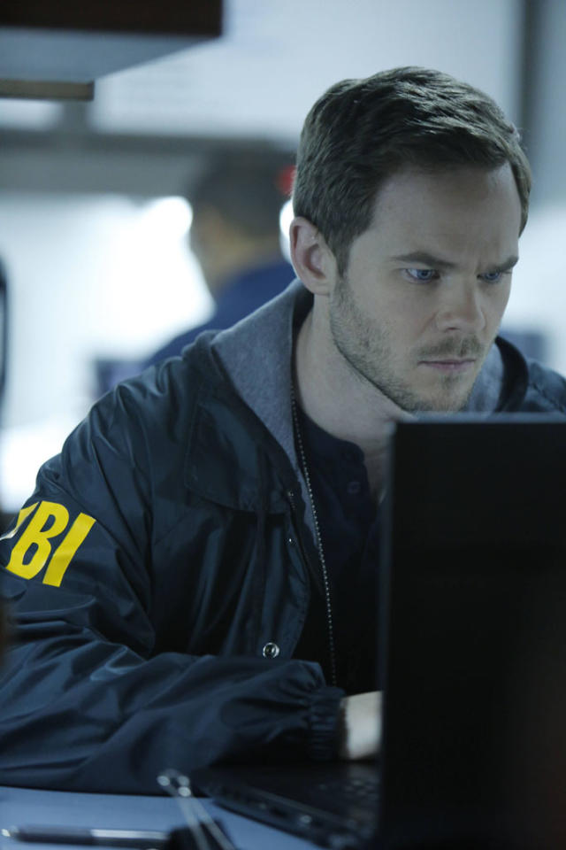 "Weston (Shawn Ashmore) looks for the followers in the ""The Fall"" episode of ""The Following."""