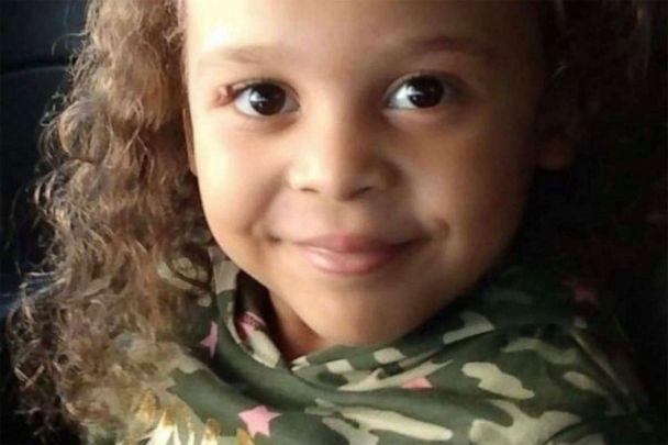 PHOTO: 5-year-old Ariel Young has waken from a coma, days after being critically injured in a car crash. ( )