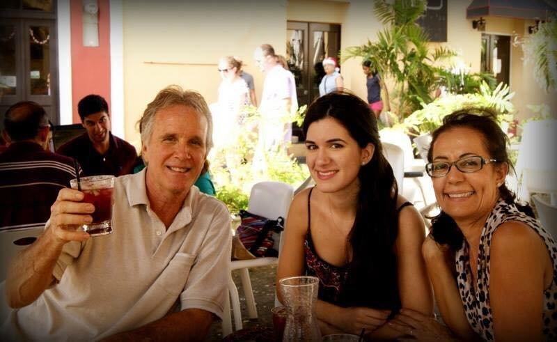 Jazmin Nadal (center) with her father and mother.  (Jazmin Nadal)