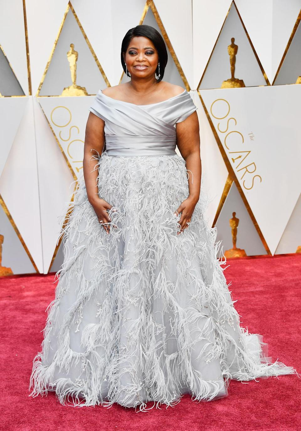 "<p>Octavia Spencer followed the fashion advice of best dressed winners of the past including <a href=""https://www.yahoo.com/style/oscars-best-worst-dressed-slideshow-wp-172118723/photo-p-sometimes-more-better-case-photo-172118018.html"" data-ylk=""slk:Penelope Cruz;outcm:mb_qualified_link;_E:mb_qualified_link;ct:story;"" class=""link rapid-noclick-resp yahoo-link"">Penelope Cruz</a> and <a href=""https://www.yahoo.com/style/time-best-dressed-oscars-jennifer-slideshow-wp-164232438/photo-p-hot-tip-feathers-amy-photo-164232443.html"" data-ylk=""slk:Amy Adams;outcm:mb_qualified_link;_E:mb_qualified_link;ct:story;"" class=""link rapid-noclick-resp yahoo-link"">Amy Adams</a> who proved that feather trains are the key to getting two thumbs up from the fashion police. <em>(Photo: Getty Images)</em> </p>"