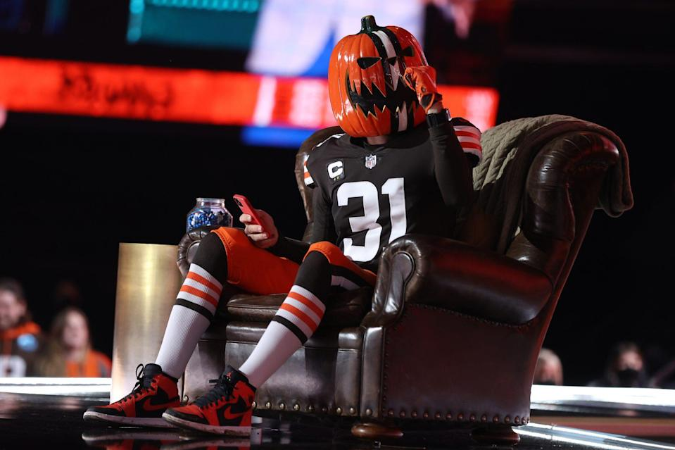 <p>As each team made their pick, fans were invited onto the stage to sit in Goodell's leather chair brought from his basement in Bronxville, New York.</p>