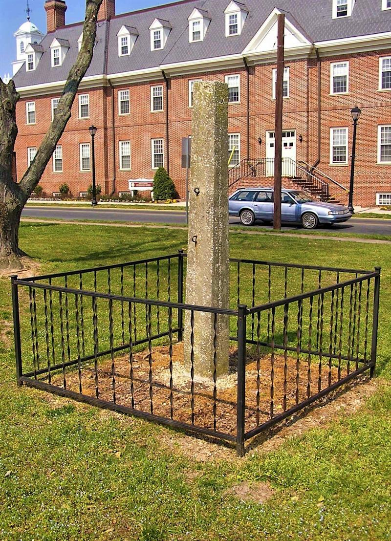 The whipping post had remained outside the Old Sussex County Courthouse in Georgetown, Delaware. (Photo: Delaware.gov)