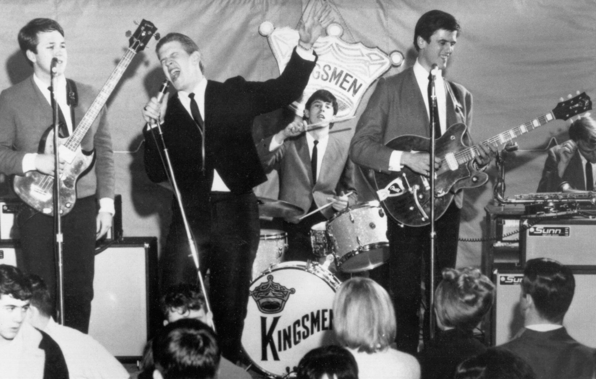Mike Mitchell, Guitarist on the Kingsmen's 'Louie Louie,' Dead at 77 - Yahoo Entertainment