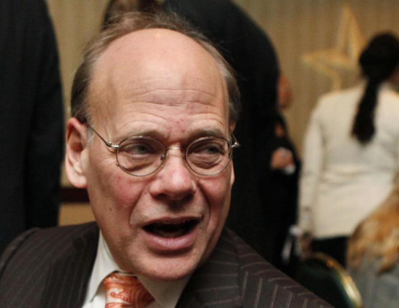 """FILE - In this Jan. 13, 2010 file photo, Rep. Steve Cohen, D-Tenn., left, speaks in Washington. Sometimes, congressmen just want to have fun. Cohen says he wasn't flirting with singer Cyndi Lauper earlier this week when he tweeted to her that he """"couldn't believe how hot"""" she was. Cohen, who quickly deleted the tweet, says it was actually a joke designed to get publicity for an upcoming documentary. (AP Photo/Manuel Balce Ceneta, File)"""
