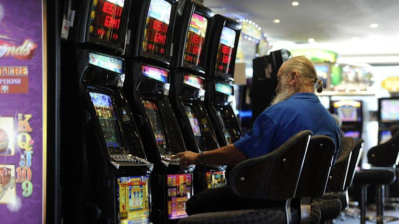 South Australians spending less on pokies