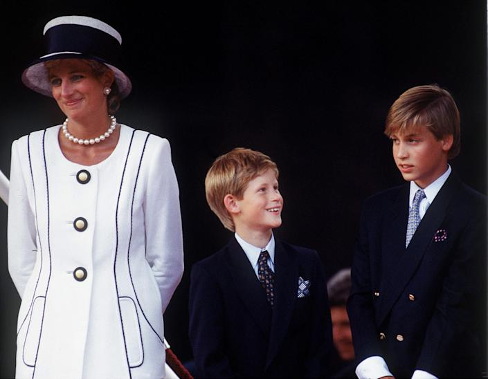LONDON, UNITED KINGDOM - AUGUST 19:  Princess Diana With Prince Harry & Prince William At A Parade To Commemorate The 50th Anniversary Of Vj Day Designer Of Diana's Suit - Tomasz Starzewski (please Check - People Magazine, 04/12/1999)  (Photo by Tim Graham Photo Library via Getty Images)