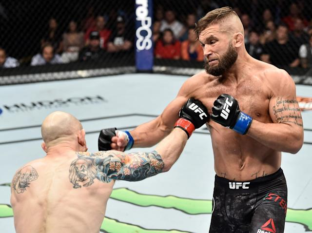 "<a href=""https://sports.yahoo.com/ufcs-next-big-time-star-might-hiding-plain-sight-192947941.html"" data-ylk=""slk:Jeremy Stephens"" class=""link rapid-noclick-resp newsroom-embed-article"">Jeremy Stephens </a>(R) defeated Josh Emmett with a series of controversial blows. (Getty)"