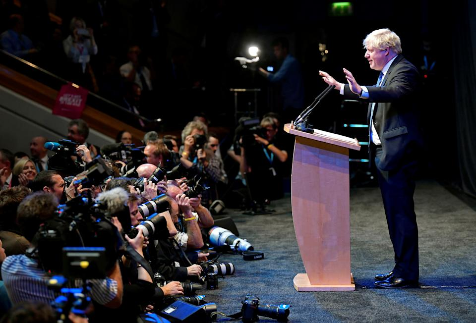 Boris Johnson addresses delegates at a Conservative Home fringe meeting on the third day of the Conservative Party Conference in Birmingham, Britain, October 2, 2018. REUTERS/Toby Melville      TPX IMAGES OF THE DAY
