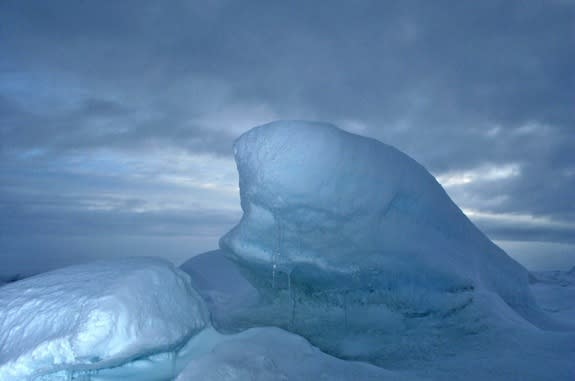 Snowflake Science: How It Snows for Days in the Arctic