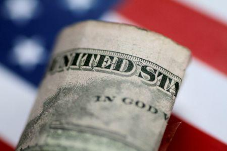 United States dollar rallies as caution remains about Fed's interest rate policy