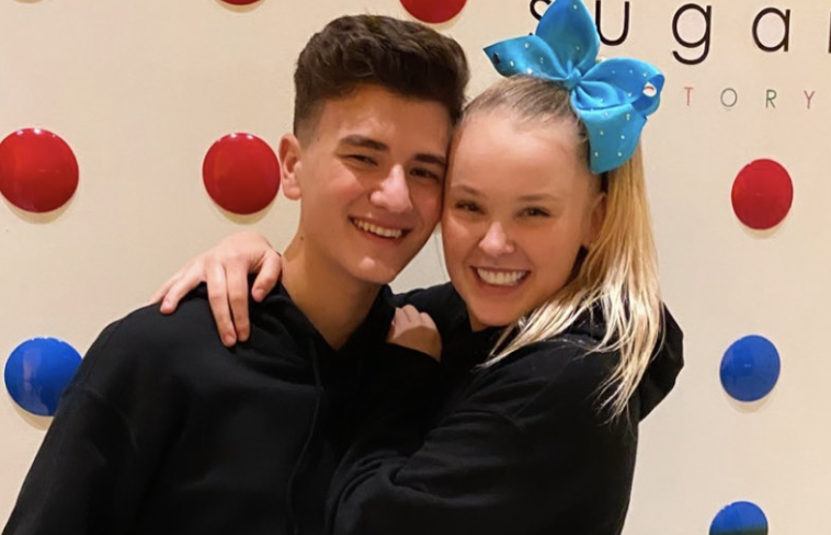 JoJo Siwa announces split from her influencer boyfriend: 'This post is immature'