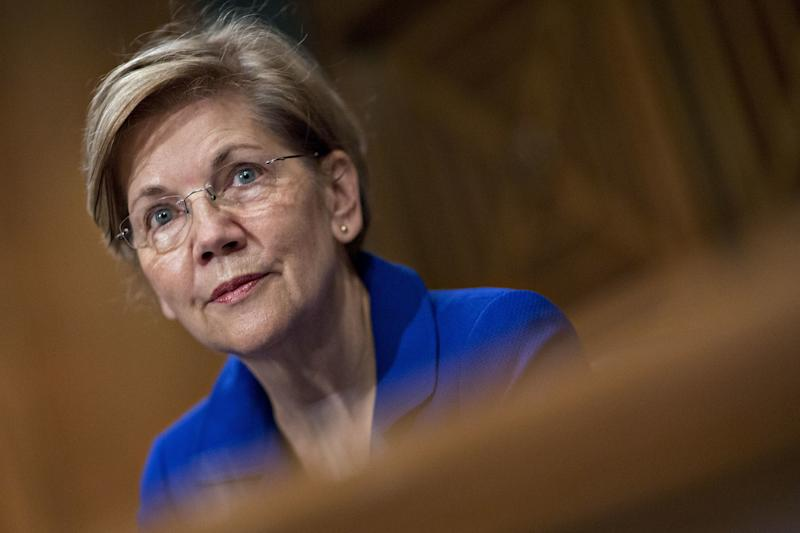 "Sen. Elizabeth Warren (D-Mass.) questioned Equifax CEO Richard Smith on Wednesday, Oct. 4, 2017, about the ""completely out of whack"" incentives in the credit reporting industry. (Bloomberg/Getty Images)"