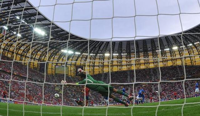 Italian goalkeeper Gianluigi Buffon dives during the Euro 2012 championships football match Spain vs Italy on June 10, 2012 at the Gdansk Arena. AFP PHOTO/ GABRIEL BOUGABRIEL BOUYS/AFP/GettyImages