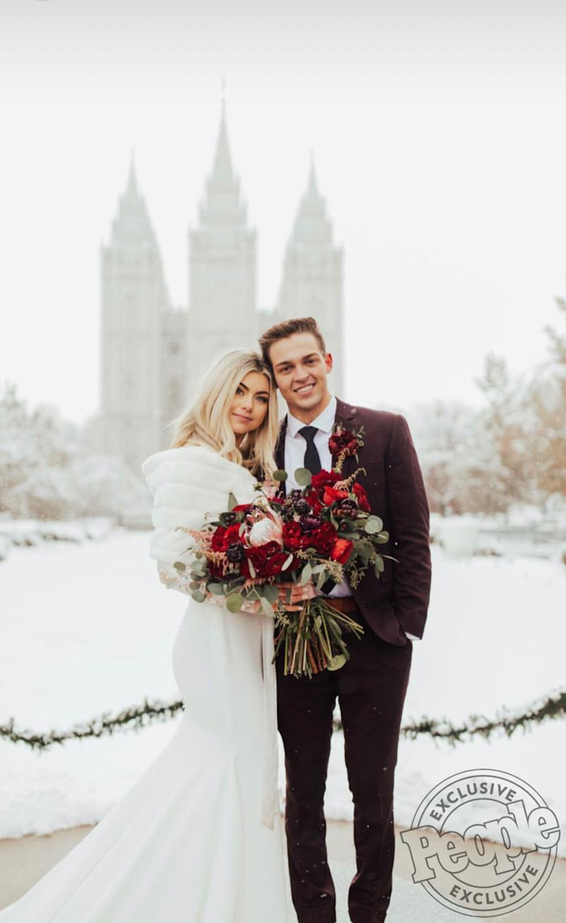 Lindsay Arnold Wedding.Sytycd Finalist Jensen Arnold Marries High School Sweetheart In