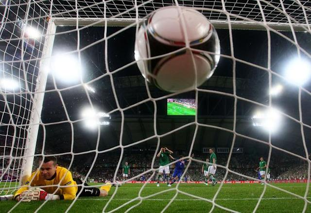 POZNAN, POLAND - JUNE 10: Mario Mandzukic of Croatia scores their third goal past Shay Given of Republic of Ireland during the UEFA EURO 2012 group C between Ireland and Croatia at The Municipal Stadium on June 10, 2012 in Poznan, Poland. (Photo by Christof Koepsel/Getty Images)