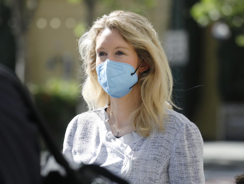SAN JOSE, CALIFORNIA - MAY 4: Theranos founder Elizabeth Holmes leaves the Robert F. Peckham Federal Building with her defense team in downtown San Jose, Calif., on Tuesday, May 4, 2021. (Photo by Nhat V. Meyer/MediaNews Group/Mercury News via Getty Images)