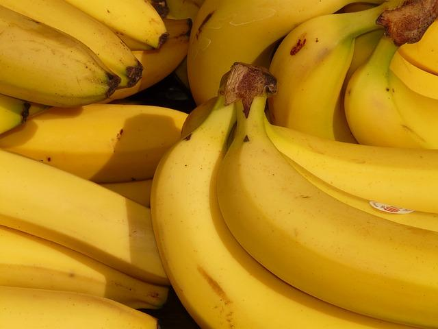 <p>There is nothing like a banana to replenish all those lost vitamins and minerals – the fruit is loaded with potassium and Vitamin B6, which are lost when we drink alcohol. Bananas also help settle the stomach, improve digestion, increase your energy levels and get the blood sugar back to normal. Eating an apple in the morning is said to help cure headache since it is packed with flavonoids which reduce blood pressure, thereby relieving pain. </p>
