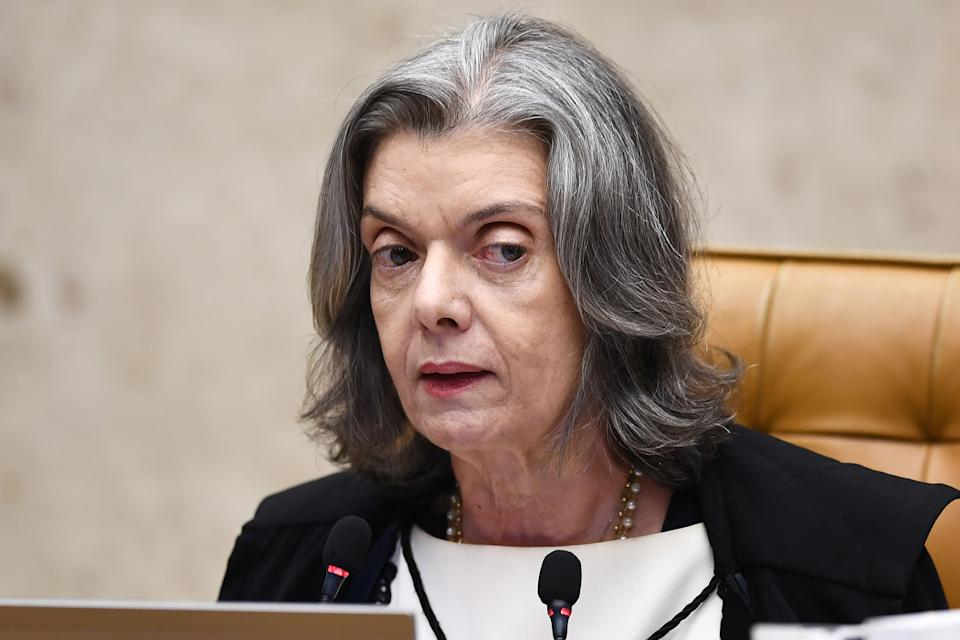 Brazil's Supreme Court chief, judge Carmen Lucia, takes part in a court session in Brasilia on April 4, 2018.  Tension soared in Latin America's largest country ahead of the court showdown, with both backers and opponents of Lula -currently the heavy favorite for the October polls- warning of a threat to democracy. / AFP PHOTO / EVARISTO SA        (Photo credit should read EVARISTO SA/AFP via Getty Images)