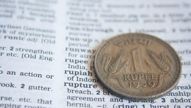 Rupee Hits New Low of 74.47 Against US Dollar, Sensex Plunges 900 Points
