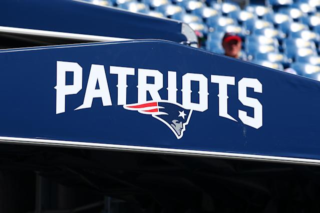 Fox NFL Sunday showed a clip from the video that set off this week's alleged Patriots cheating scandal. (Rich Graessle/Icon Sportswire via Getty Images)