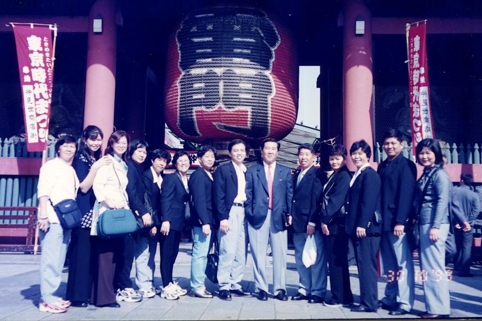 Yakult Lady Chong Wai Yoong (third from right) with her colleagues on an incentive trip to Tokyo in 1999. PHOTO: Chong Wai Yoong
