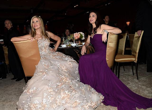 <p>The actresses, both of whom have been vocal about Harvey Weinstein's abuses, bonded in their ballgowns. (Photo: Kevork Djansezian/Getty Images) </p>