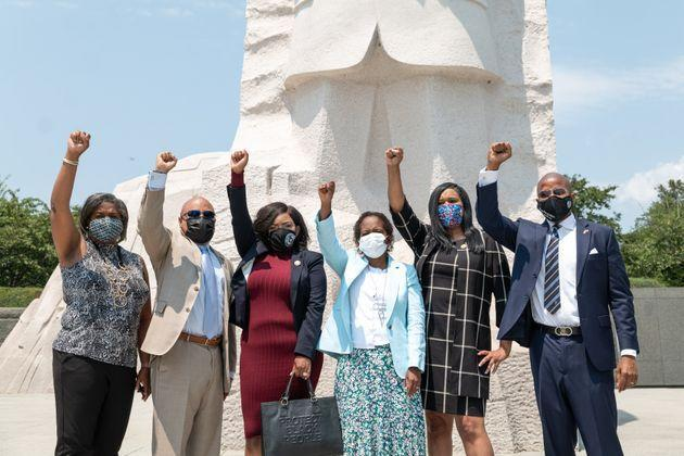 Six of the Texas Democrats who left their state to block a new voting restrictions bill gathered at the Martin Luther King Jr. memorial in Washington this week to call on the Senate to ramp up its efforts to pass a federal voting rights law. (Photo: Cheriss May via Getty Images)