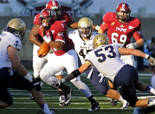 Troy quarterback Deon Anthony (7) runs the ball during the first half of an NCAA college football game against Navy in Troy, Ala., Saturday, Nov. 10, 2012. (AP Photo/The (Troy)