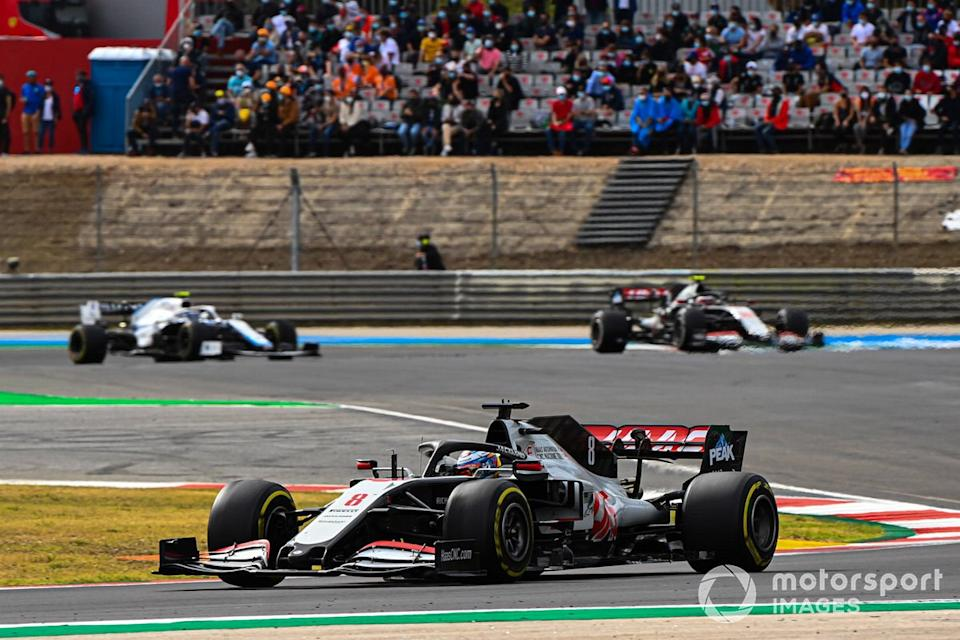 "Romain Grosjean, Haas VF-20, Kevin Magnussen, Haas VF-20, Nicholas Latifi, Williams FW43<span class=""copyright"">Mark Sutton / Motorsport Images</span>"