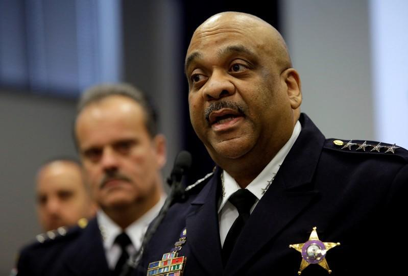 Chicago police chief, who lowered homicide rate and tussled with Trump, to retire