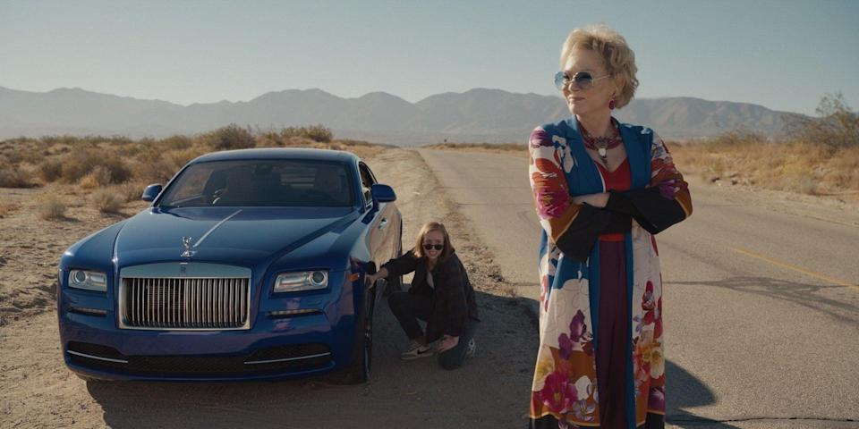 Hannah Einbinder and Jean Smart in a scene from the HBO Max comedy 'Hacks' (HBO Max)