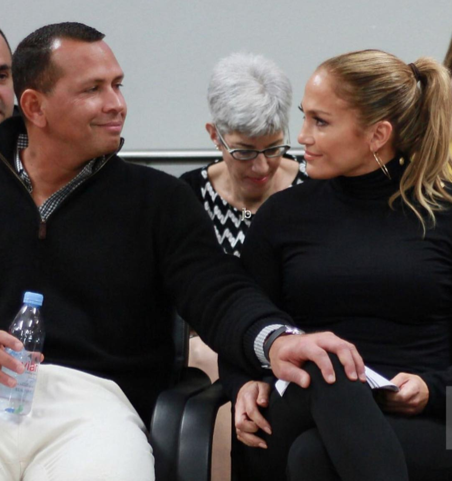 "<p>From Puerto Rico, J.Lo showed off her ""<a rel=""nofollow"" href=""https://www.instagram.com/p/BdqEWfYF_ju/?taken-by=jlo"">all black everything</a>"" alongside boyfriend Alex Rodriguez, who also wore black. (Photo: <a rel=""nofollow"" href=""https://www.instagram.com/p/BdrFGVLlWyA/?taken-by=jlo"">Jennifer Lopez via Instagram</a>) </p>"