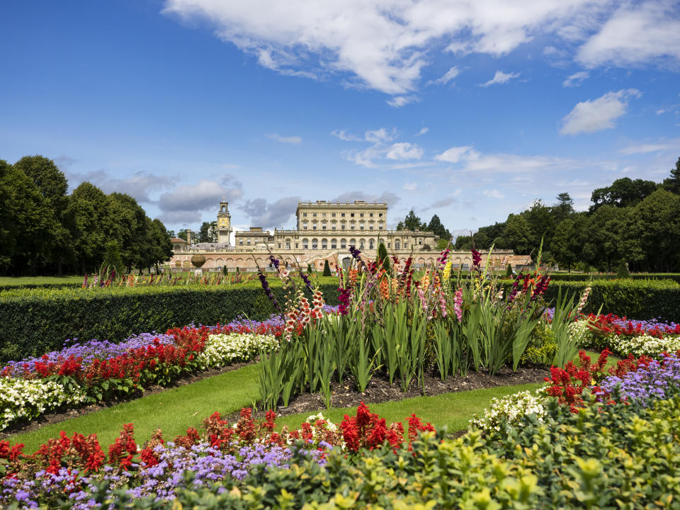 The gardens at Cliveden House in Buckinghamshire are a wonderful sight. (Getty Images)