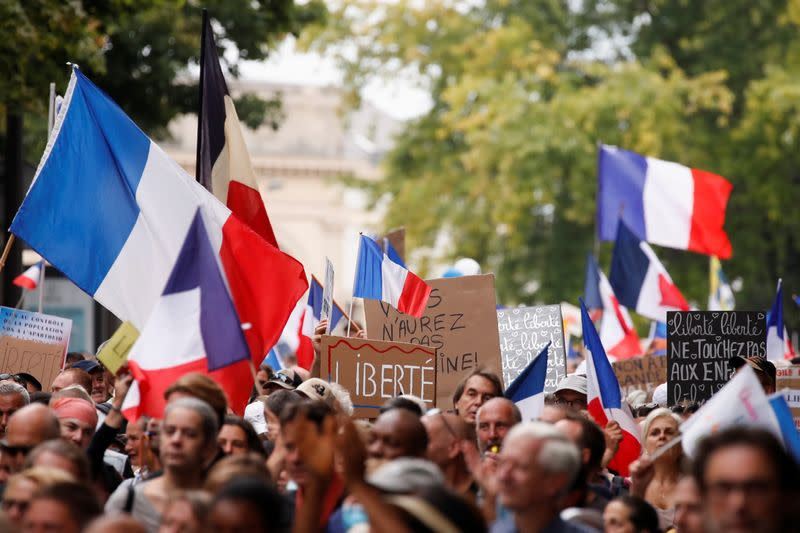 Protest against the use of health passes in Paris