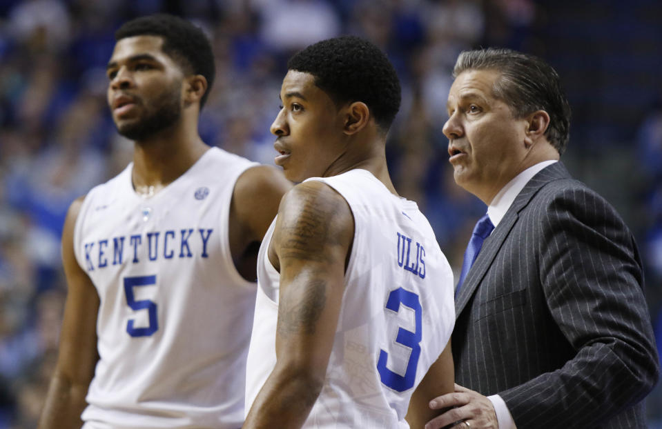 Don't expect John Calipari's Wildcats to run into any trouble against Tennessee. (AP)