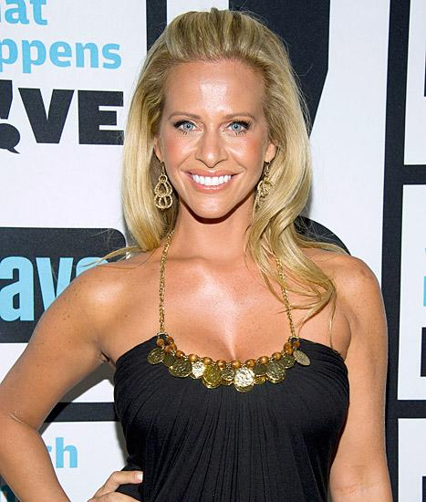 """Dina Manzo Confirms Real Housewives of New Jersey Season 6 Return: """"It Felt 'Right'"""""""