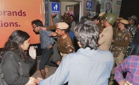 Congress and BSP demand 'high-level' probe into 'police brutality' against JNU protestors