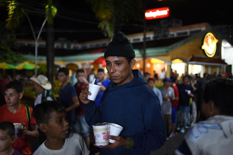 Trump makes migrant caravan key battleground in midterms