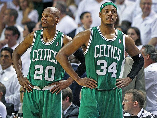 "Ray Allen and <a class=""link rapid-noclick-resp"" href=""/nba/players/3253/"" data-ylk=""slk:Paul Pierce"">Paul Pierce</a>. (Getty Images)"