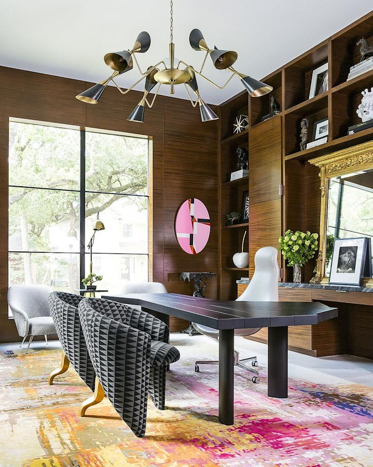 """<p><strong>Design Firm: </strong><a href=""""https://deringhall.com/interior-designers/benjamin-johnston-design"""">Benjamin Johnston Design</a></p><p><strong>Favorite Vintage/Antique Finds:</strong> an antique Venini chandelier worth ten times more than the price.</p><p><strong>Styling Process: """"</strong>Mix, mix, mix. Don't recreate a room from the past. Create a room that speaks to today by mixing in both contemporary and vintage pieces. It's exciting to give an antique new life or to present it in a new and interesting way. And they work amazingly well in contemporary spaces–especially when paired with contemporary artwork. And finally, have a little fun with the design!"""" </p>"""