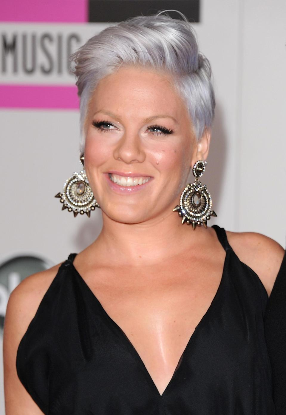 <p>Pink looks like a gorgeous silver fox who's ready to win. (Photo: Getty Images) </p>