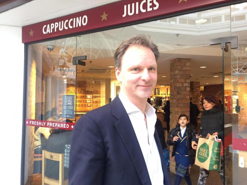 'Attract Britons': Anthony Binney 43, called on Pret to attract British staff (ES) (ES)
