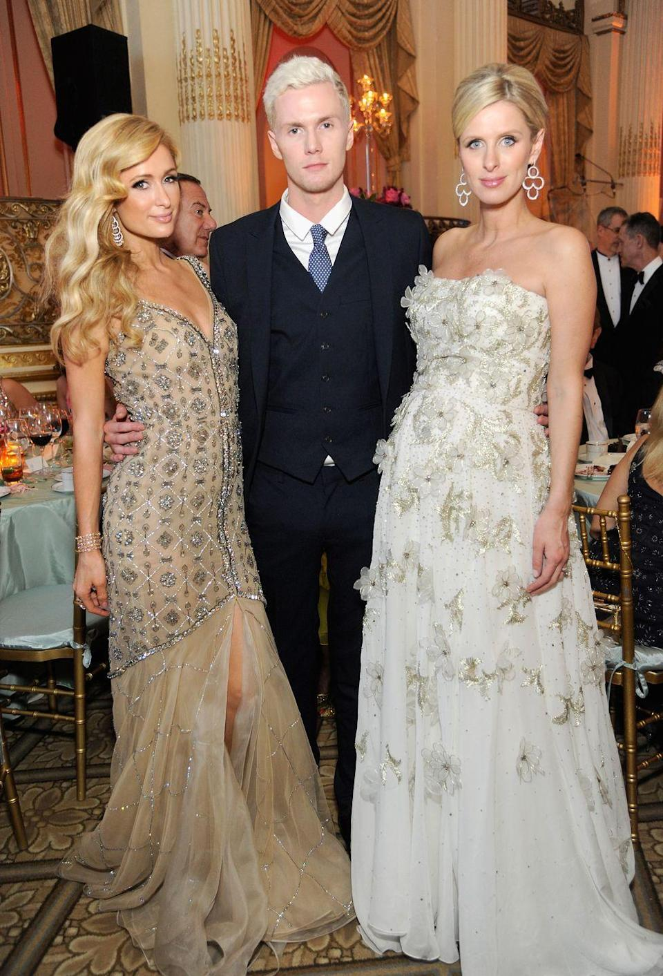 <p> While Nicky Hilton is typically compared to her older sister, Paris Hilton, it's her younger brother that she more closely resembles. Both siblings have square angular faces and round eyes. </p>