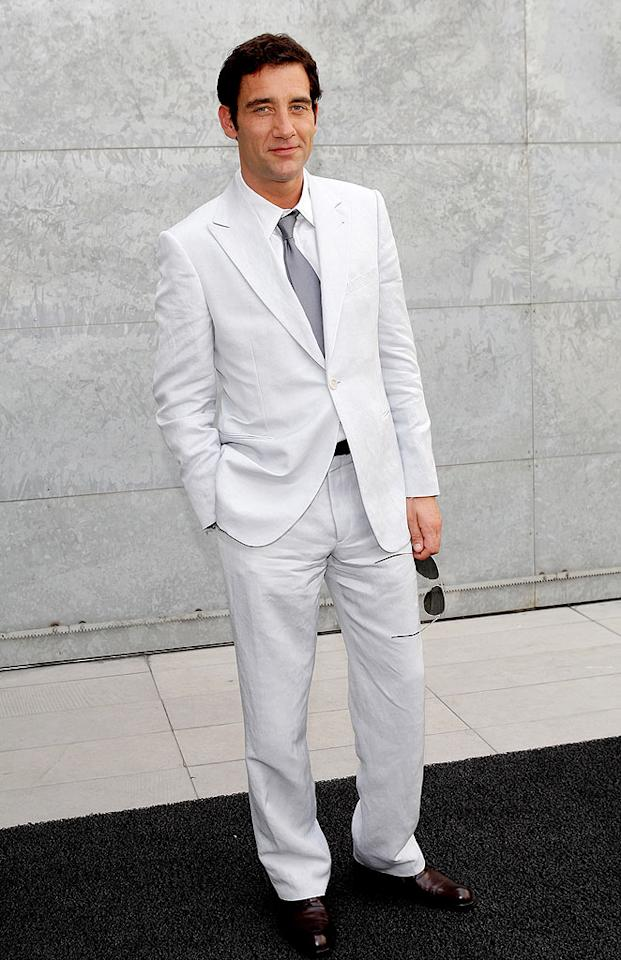 """""""Sin City"""" star Clive Owen stole the spotlight upon arriving at the Giorgio Armani fashion show in Milan, Italy, in this sexy suit. Venturelli/<a href=""""http://www.wireimage.com"""" target=""""new"""">WireImage.com</a> - June 24, 2008"""